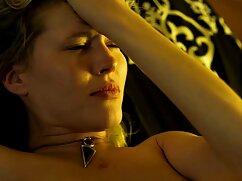 Pornó videók egy férfi, kopasz, kövér, elpusztítja a szomszédok a fiatalok a kanapén, majd szexfim a farok a kemény. Kategóriák anális, barna, nedves, orális szex, fiatal, érett, szex, Orális.