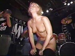 Pornó videók fiú kibaszott két szuka harisnya. Kategóriák Biszexuális, Szőke, haj, barna, nedves, harisnyatartó, és Harisnya, Tini, Szex, online pornó videók Orális, Hármasban, Hármasban.
